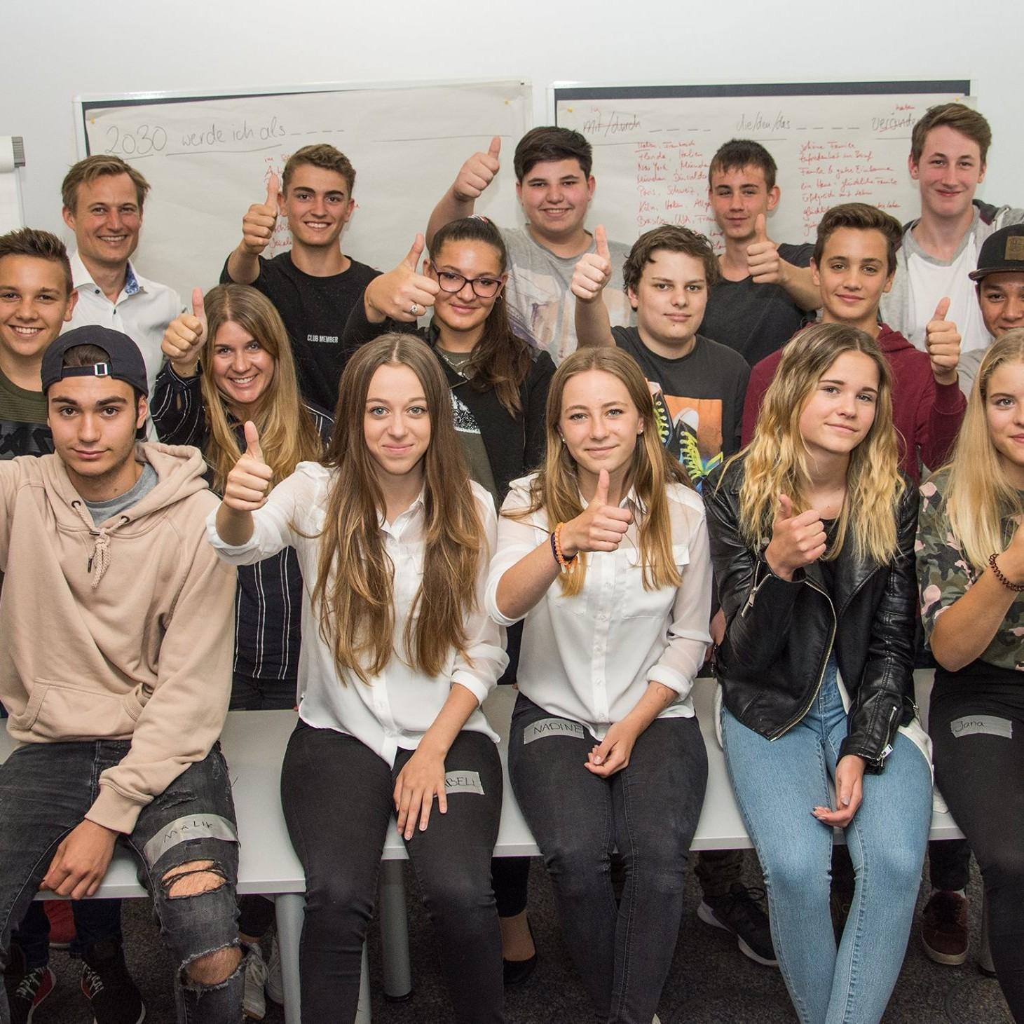 Zukunft der Generation Z - AZ-Zukunftsworkshop 2017 (Trainer Simon Schnetzer)