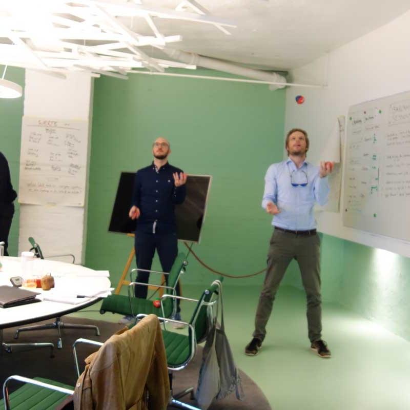 Workshop Jonglieren der Teilnehmer