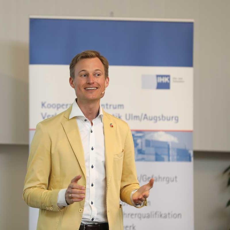 Simon Schnetzer Vortrag Generation Y und Z Logistiktag Ulm IHK
