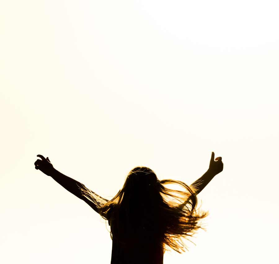 Freude einer jungen Frau: Generation Z begeistern