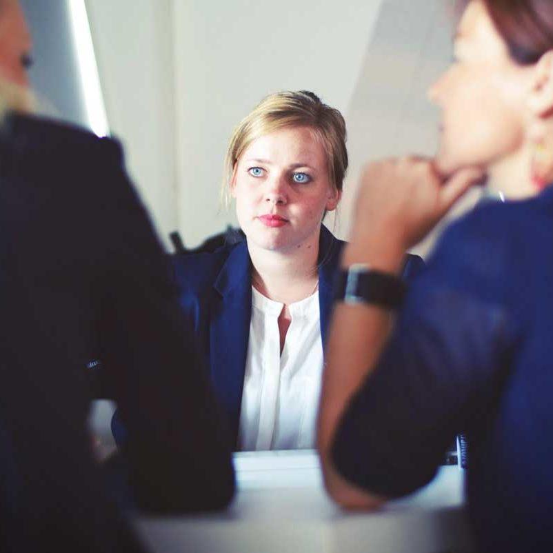 Business Konflikt - Generationen am Arbeitsplatz - Simon Schnetzer